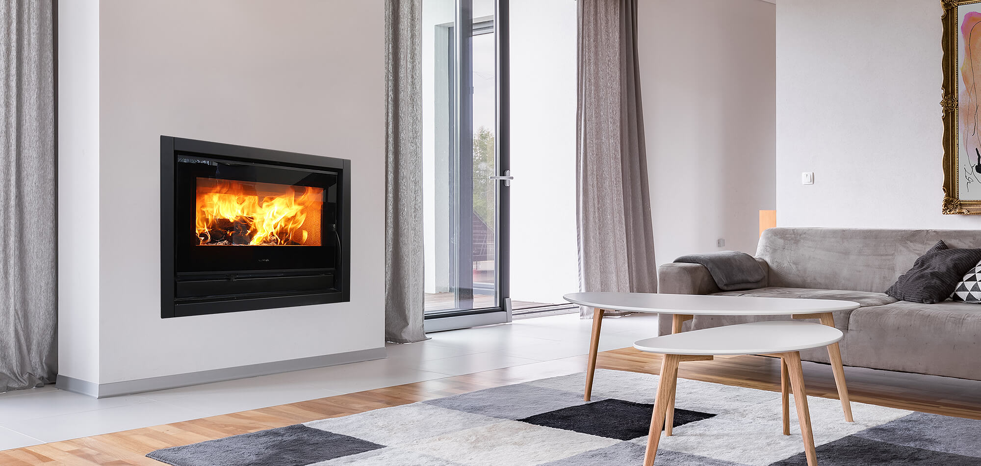 CUBO 700 Air - Closed Compbustion Wood Insert Fireplace, Modern Fireplace, Wide Black Tinted Glass